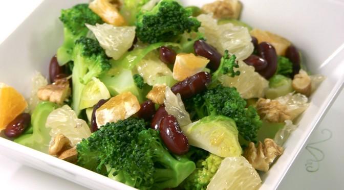 Broccoli– og rosenkålsalat